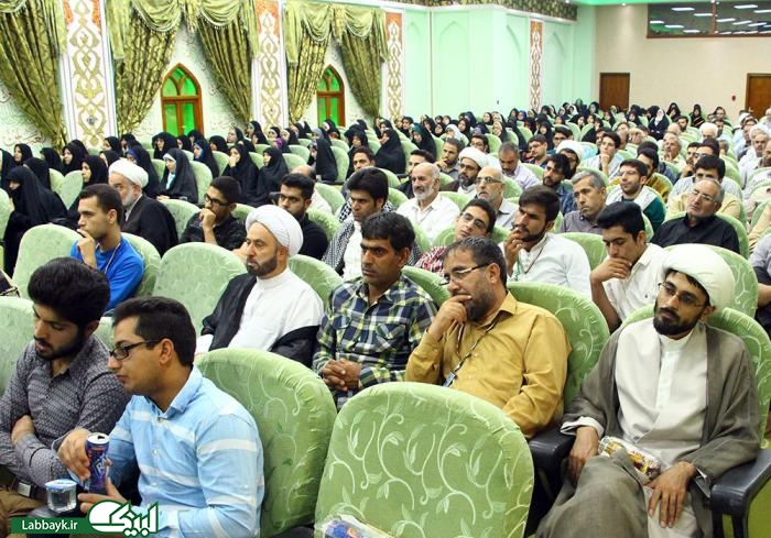 گردهمایی عرفان عرفه در حرم سیدالشهدا(ع)