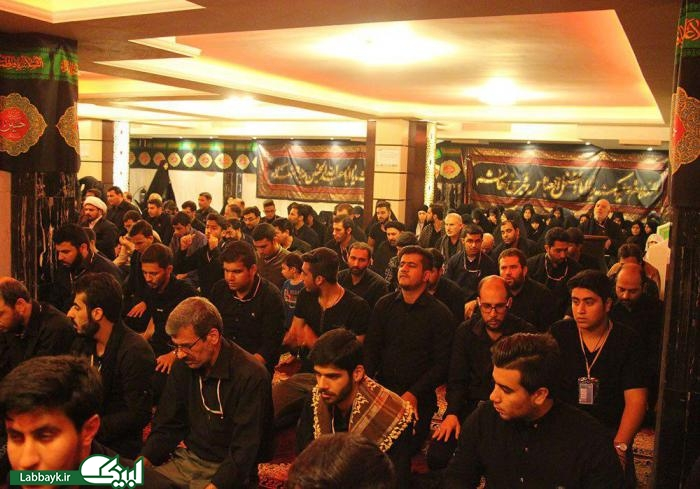 اقامه نماز و مقتل خوانی ظهر عاشورا در هتل دانشگاهیان در کربلای معلی