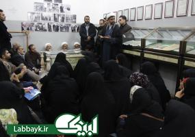 زائران دانشجو؛مزار علامه امینی صاحب کتاب شریف الغدیر را زیارت کردند