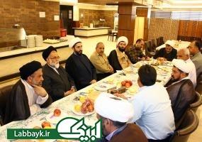 نشست هم اندیشی مدیران و روحانیون کاروان های دانشگاهی در کربلای معلی برگزار شد